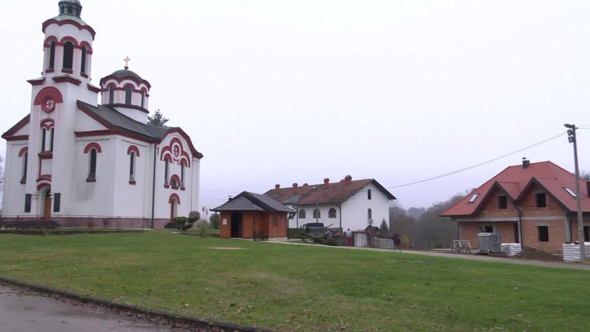 Potrebna pomoć za izgradnju konaka u manastiru u Dragaljevcu