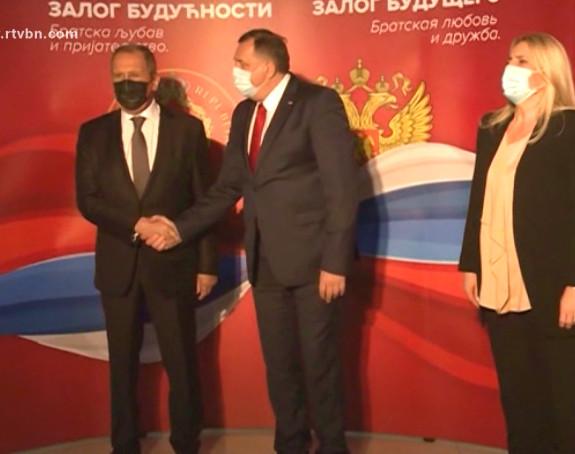 Dodik ponovo ponizio predsjednicu Srpske