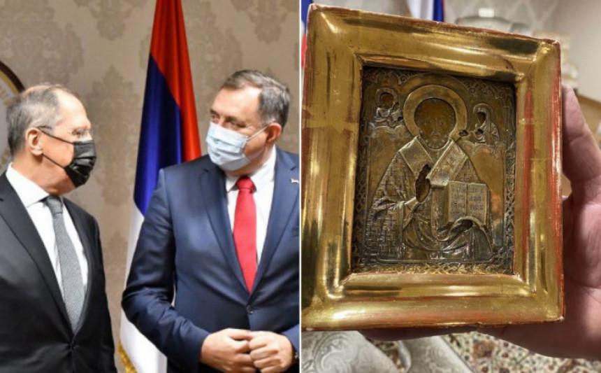 Dodik poklonio Lavrovu ikonu koja je nestala iz Ukrajine?!
