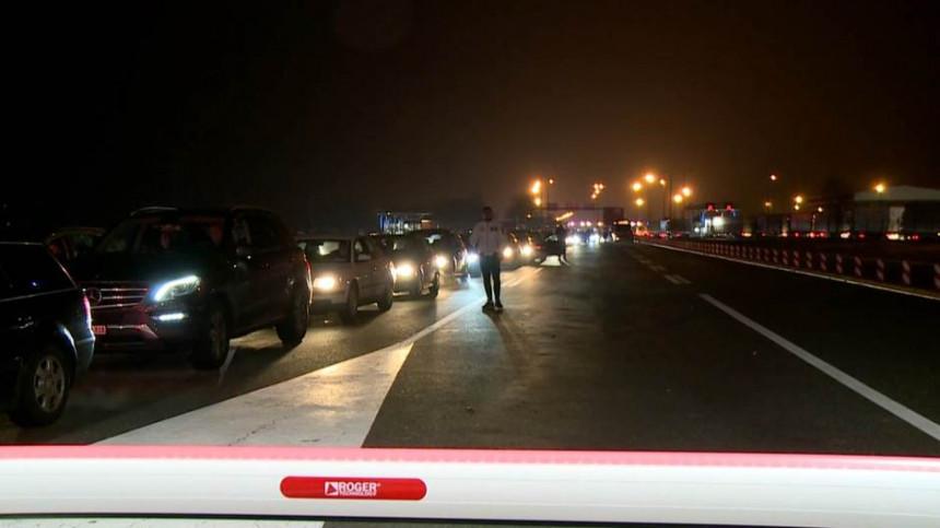 Ogromne gužve na graničnim prelazima na ulazu u Srbiju