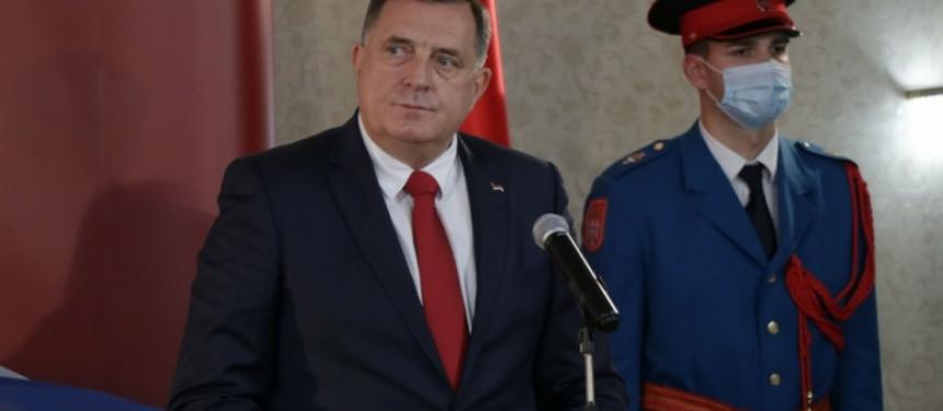 Dodik treba da sam ode i da tako spasi Republiku Srpsku!