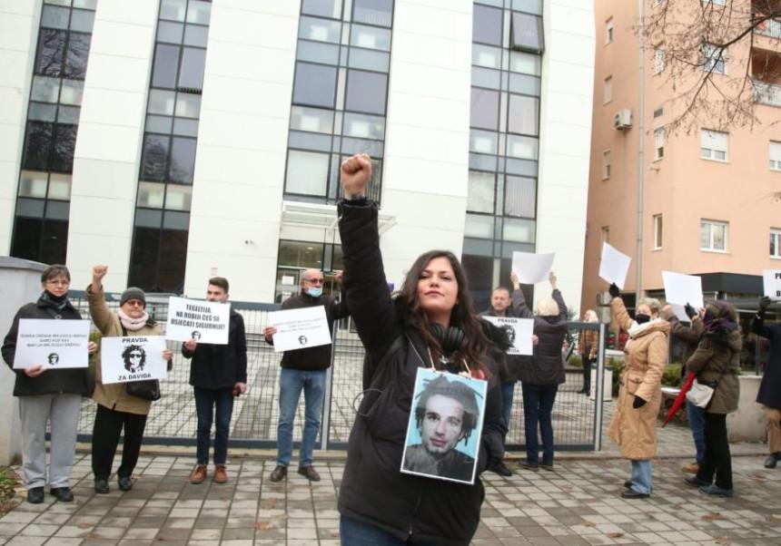 Sud odlučio, MUP Srpske mora da plati 3.000 maraka