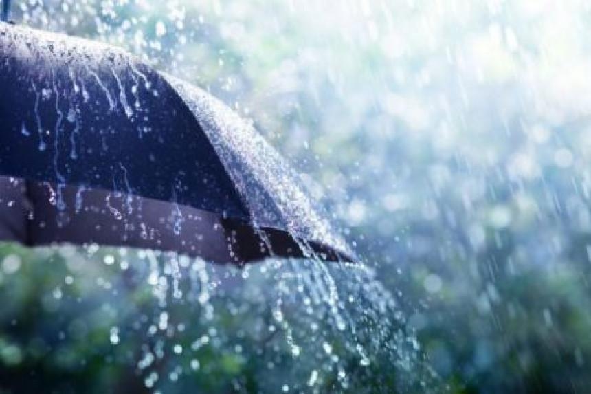 Tokom dana oblačno vrijeme s padavinama