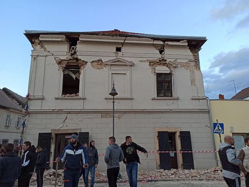Oštećene srpske bogomolje u Petrinji i Sisku