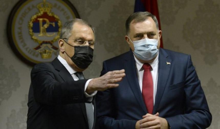 I Lavrov se sjetio da je Milorad Dodik u bolnici!?