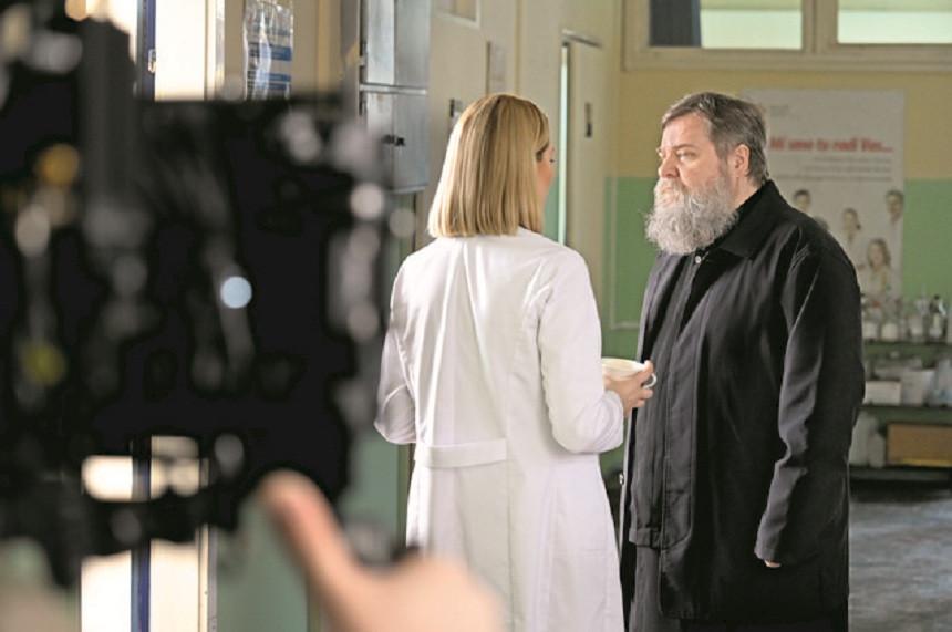 "Peta i šesta epizoda serije ""Kosti"" na BN TV"