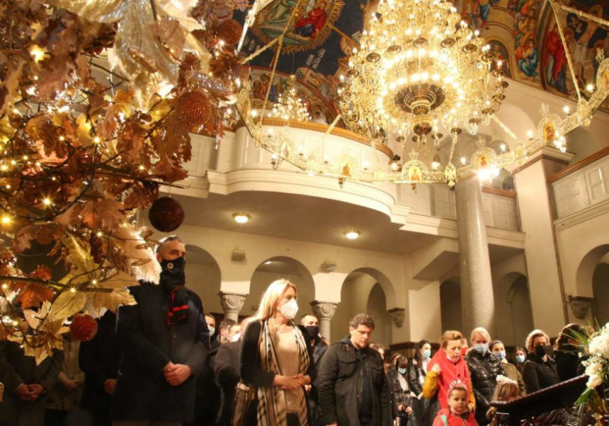 Predsjednica Srpske čestitala Badnje veče i Božić