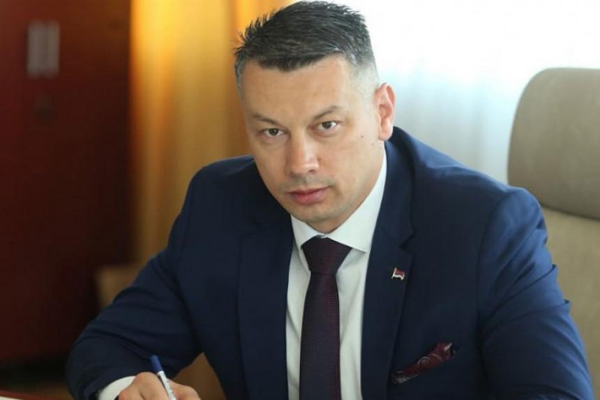 Predsjednik DNS-a Nenad Nešić čestitao Božić