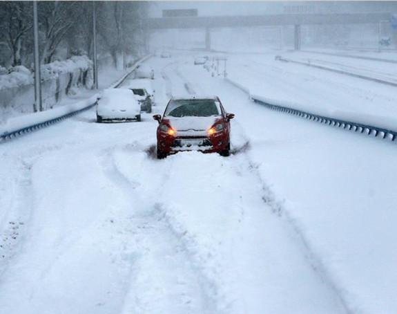 Snježna oluja iz Španije seli se na Balkan