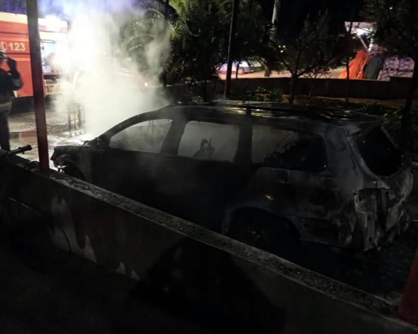 Policija radi na razotkrivanju paljevina vozila