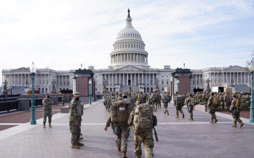 Vašingtonu prijete oružani napadi Trampovih pristalica