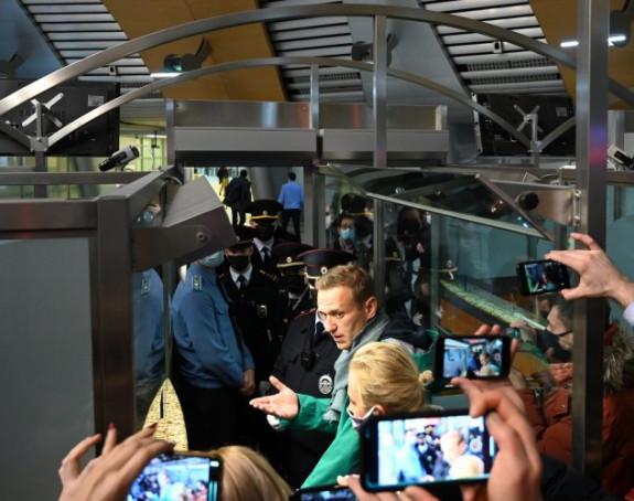 Navaljni uhapšen odmah po slijetanju u Moskvu