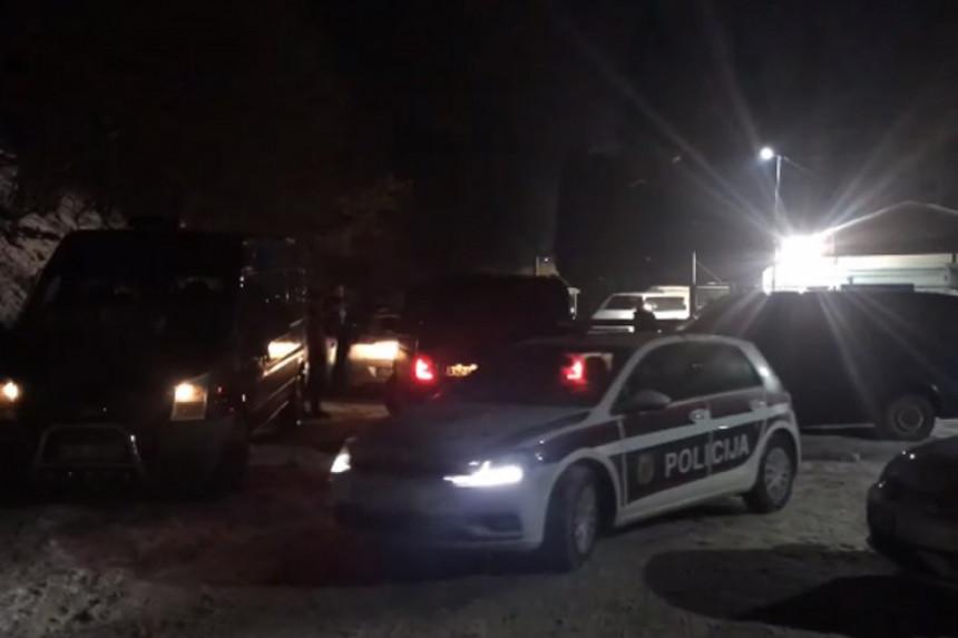 Око 2.000 миграната учествовало у инциденту у Блажују
