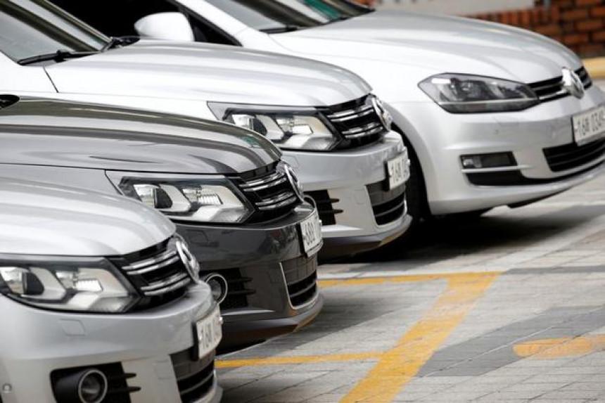 Пандемија короне преполовила увоз аутомобила у БиХ