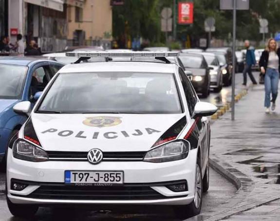 Opljačkana pumpa u Sarajevu, pet osoba pokradeno