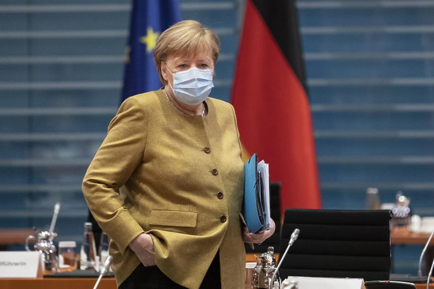 """""""Merkelova je za potpuno zatvaranje Njemačke"""""""