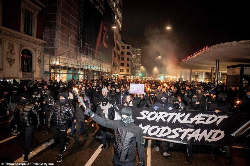 """""""Korona neredi"""" širom Evrope zbog zaključavanja"""