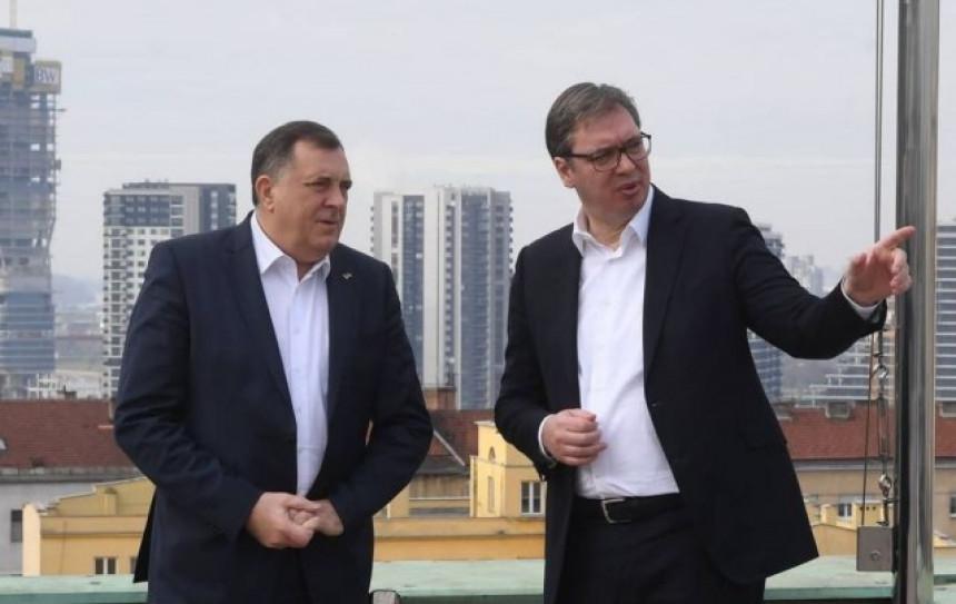 Dodik kod Vučića pokušao da opravda neke svoje poteze