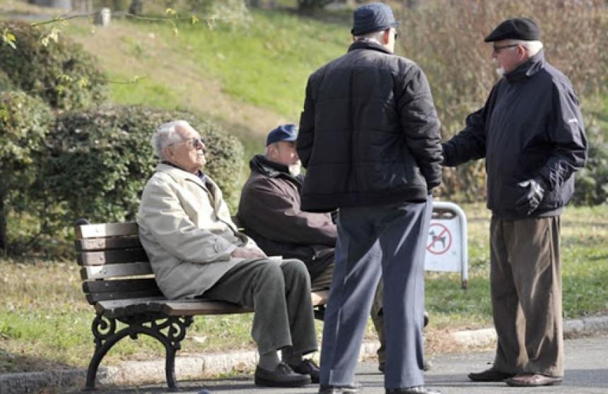 Penzioneri u RS nezadovoljni povećanjem penzija