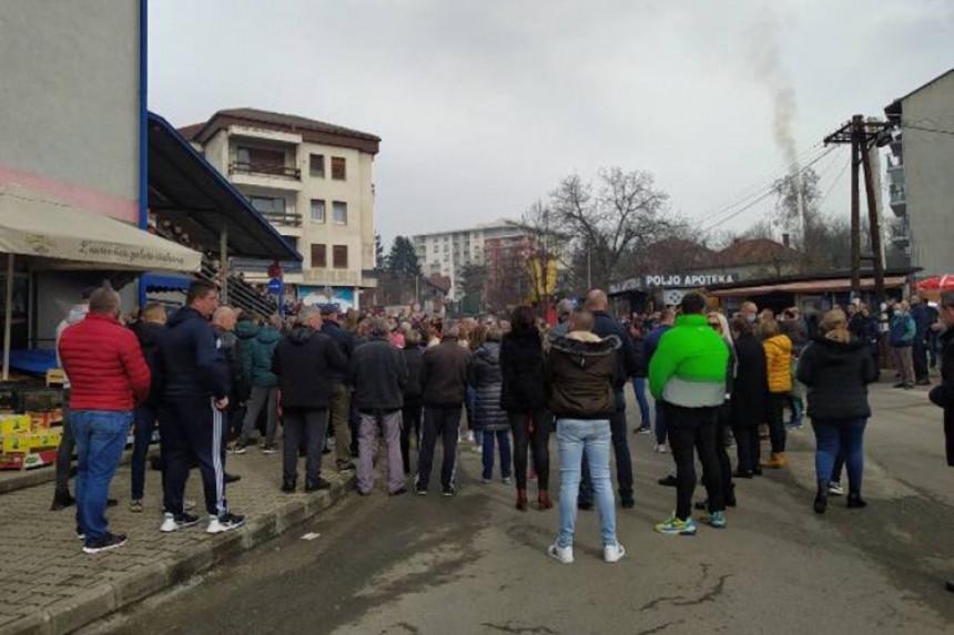 PROTEST: Građani nezadovoljni presudom