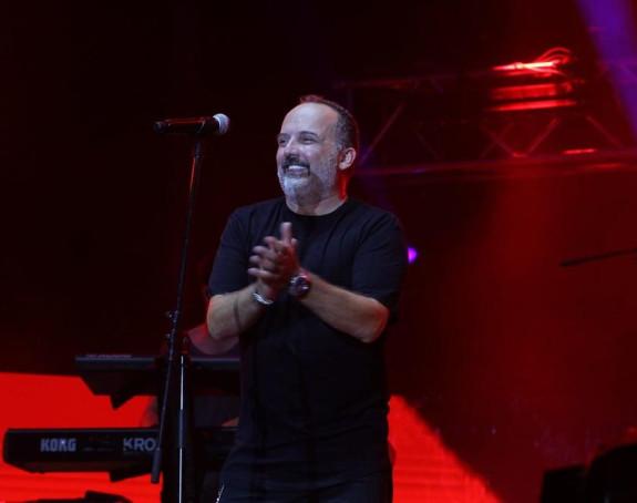 Toni Cetinski podigao kredit da bi održao nastup