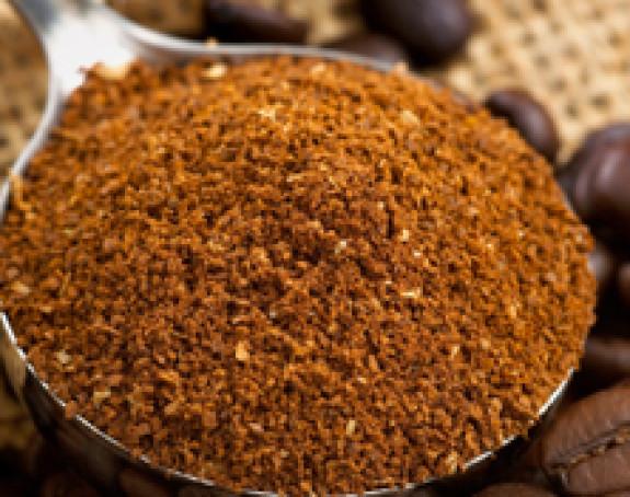 Umjesto pijeska i soli na ulice posipaju kafu
