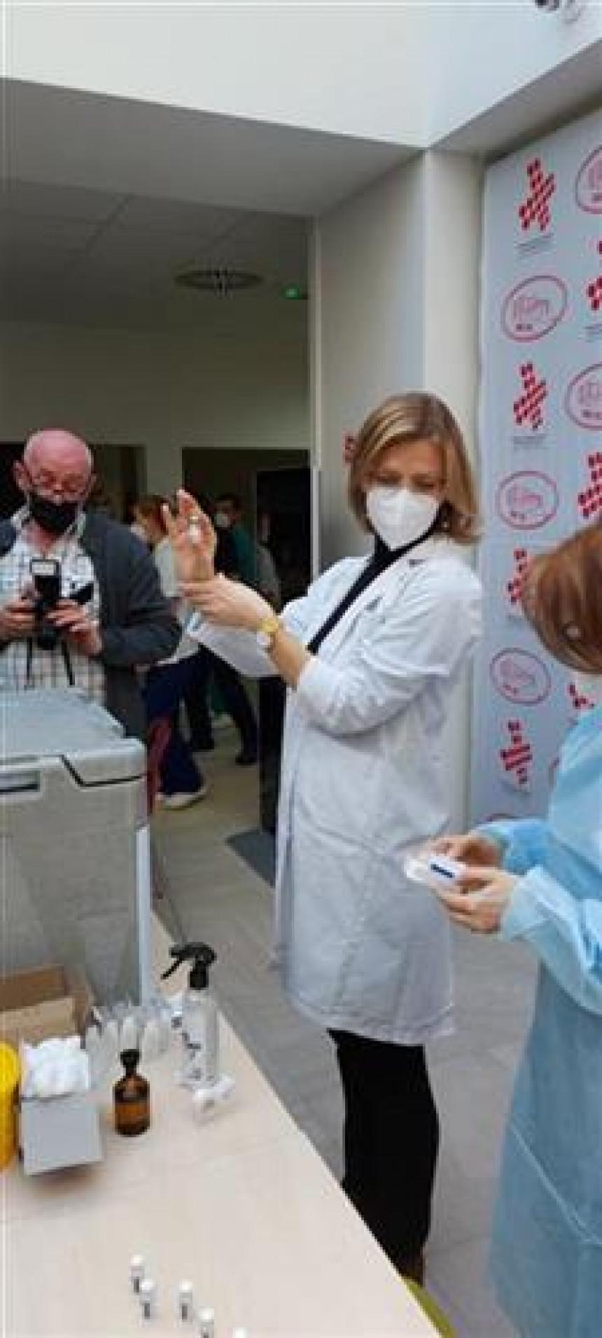 Počela vakcinacija protiv kovida u Republici Srpskoj