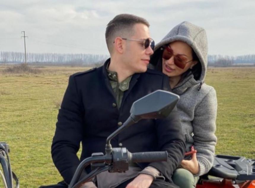 Bogdan obradovao Cecu za Dan zaljubljenih pevačica se pohvalila na Instagramu!