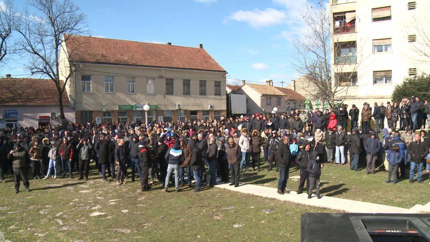 Bileća: Protest građana zbog odluke suda