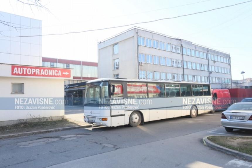 """Autobusom blokiran pristup radnicima u """"Čajavec alatnice"""""""