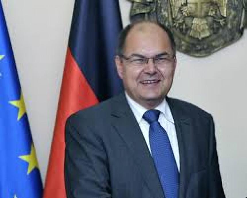Petke: Kristijan Šmit dobiće podršku i partnera iz Rusije