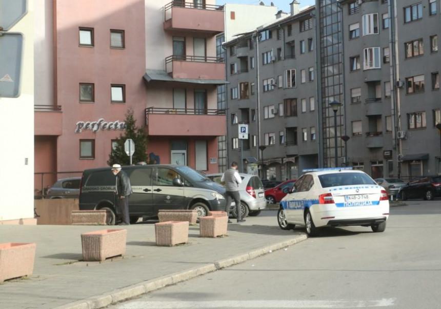 Banjaluka: Radnici u podrumu zgrade pronašli tijelo