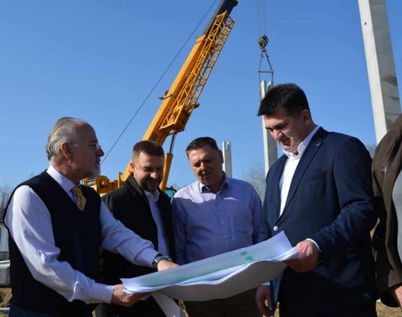 Novcem Srbije gradi se proizvodna hala u Loparama