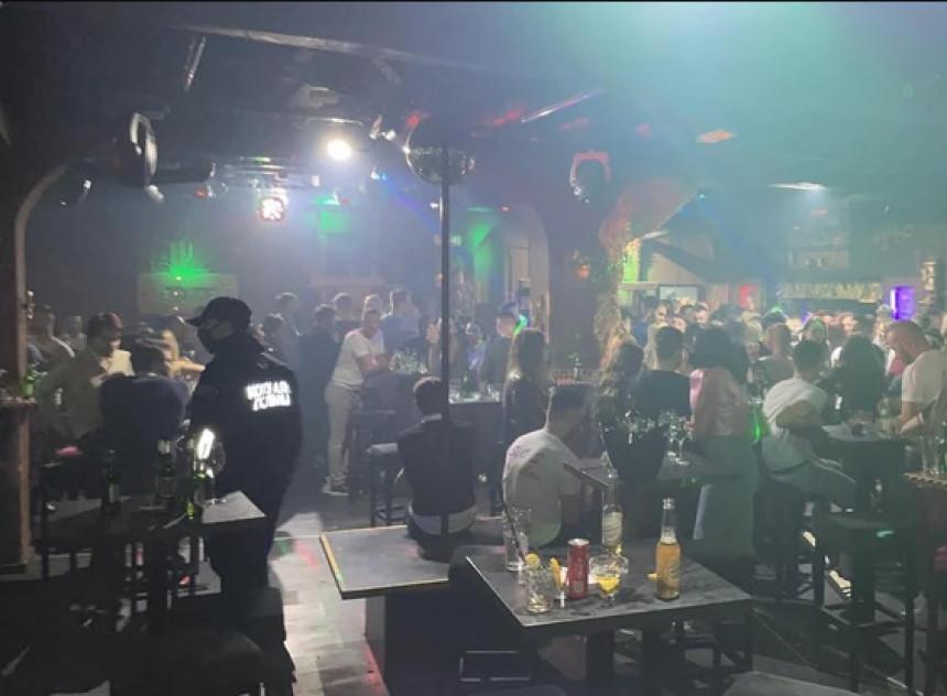 Traži se pritvor za organizatore žurke sa 700 ljudi