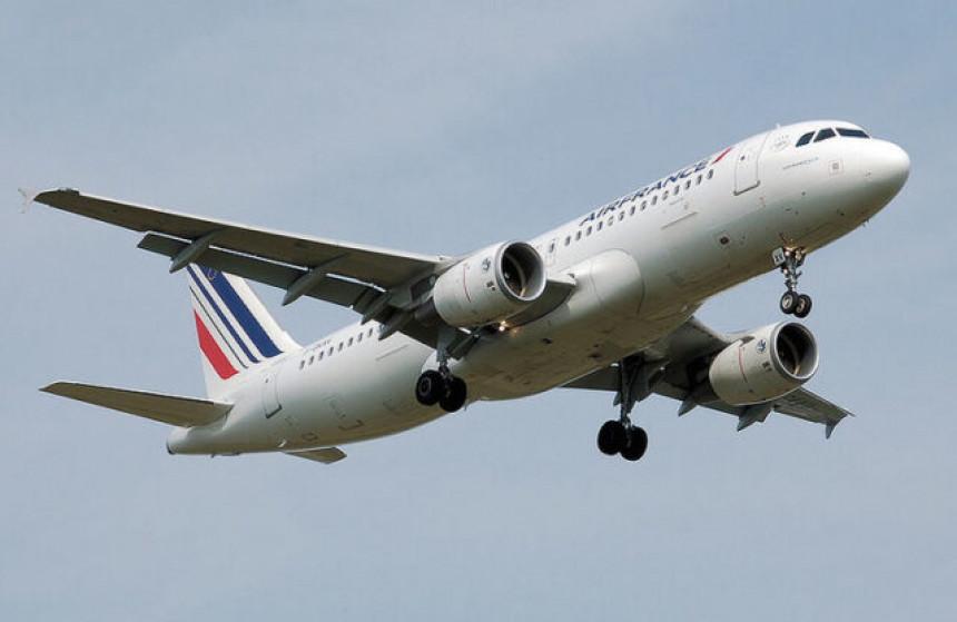 """Avion """"Er Frans"""" prinudno sletio na aerodrom u Sofiji"""
