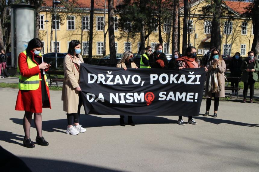 """Osmomartovski marš: """"Državo, pokaži da nismo same"""""""
