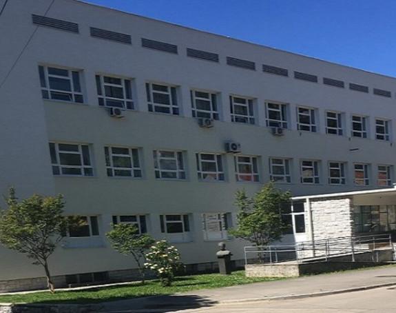 Trebinje: Škole u ponedjeljak prelaze na onlajn nastavu