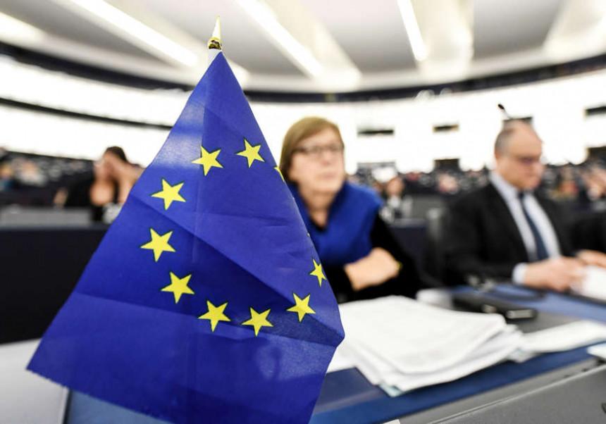 Брисел може лакше да кажњава политичаре у БиХ