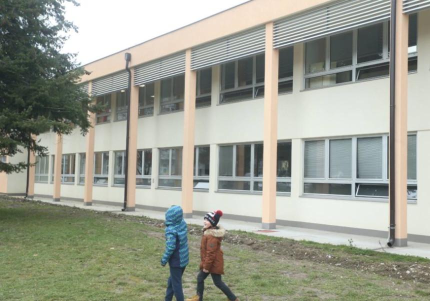 У Српској од сутра настава у школама за све основце