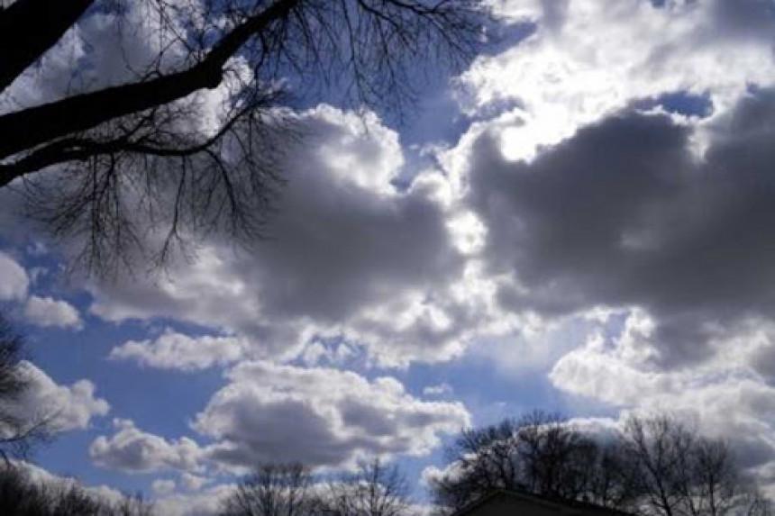Danas promjenljivo oblačno i toplije vrijeme