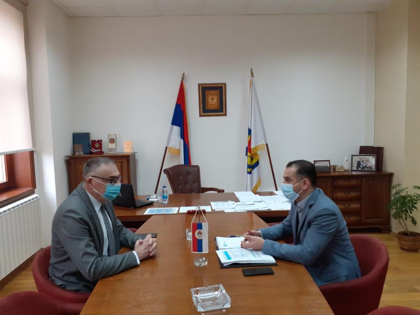 Треба двосмјеран процес сарадње с Владом Српске