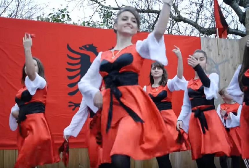 Sve više srpskih mladića hrli da oženi Albanke