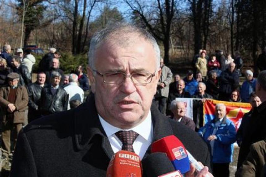 Nešićev advokat traži demanti od Duška Milunovića