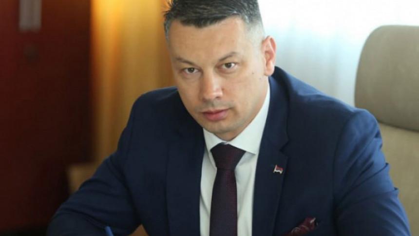Besmisleno da Srbi svoje Kosovo daju za svoju Srpsku