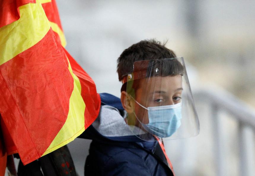 С.Македонија: 14 преминулих, 135 нових случајева