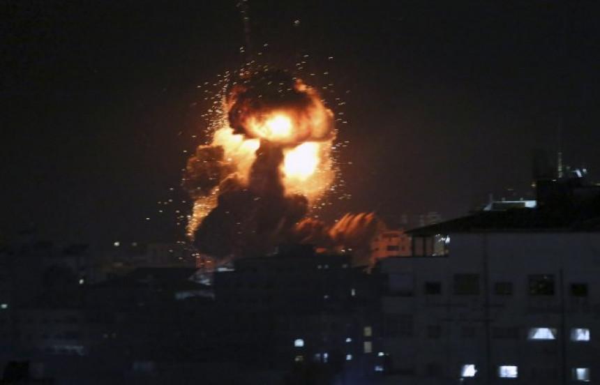 Ракетни напади палестинских снага на Израел (ВИДЕО)