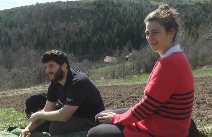 Dunja i Vladimir Švedsku zamijenili srpskim selom