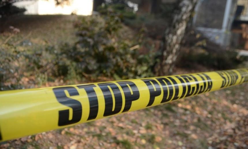 U Žepču pronađena tijela supružnika, pored njih puška