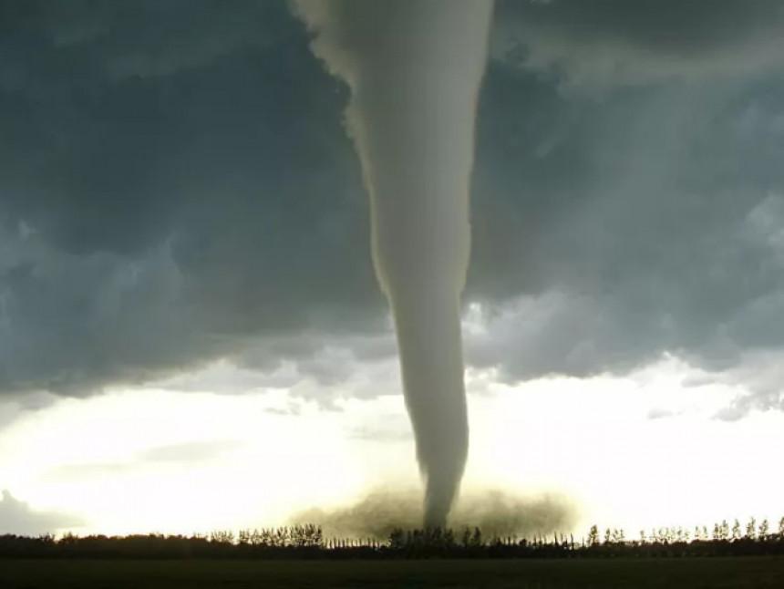 Tornado pogodio Vuhan (VIDEO)