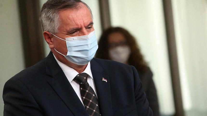 Вишковић тврди: Имамо вакцине за масовну имунизацију